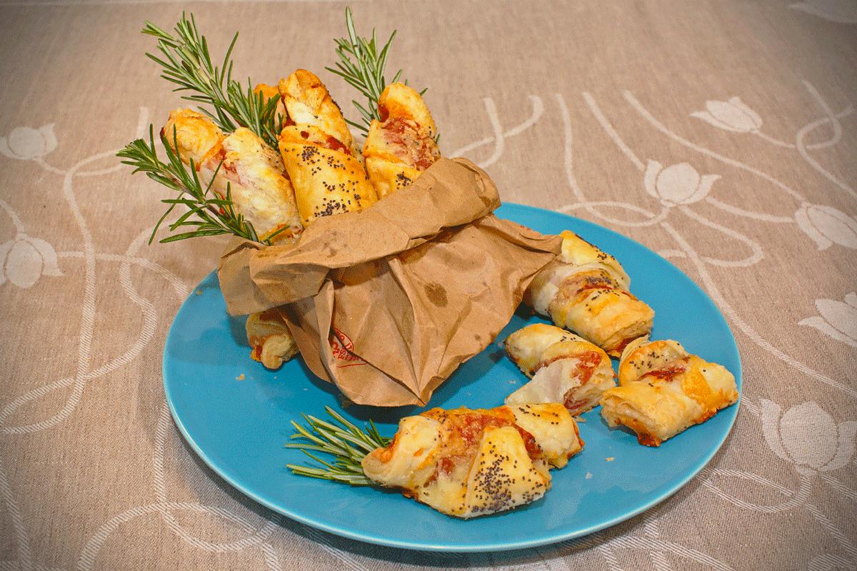 Croissant di sfoglia con Prosciutto Crudo e Scamorza Affumicata _pagina